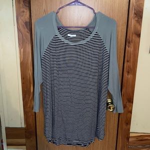 Woman's maurices top